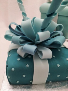 Birthday At Tiffany's Bow Detail